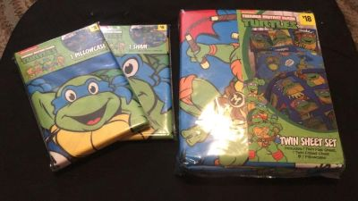 Ninja Turtle Sheet Set and Pillow Cases