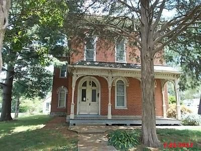 5 Bed 3 Bath Foreclosure Property in Nashville, IL 62263 - N Kaskaskia St