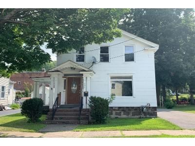 3 Bed 1.5 Bath Foreclosure Property in Ilion, NY 13357 - West St
