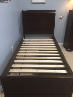 Ashley furniture twin size sleigh bed with drawers