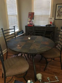 Indoor/outdoor table with 4 chairs