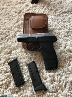 For Sale/Trade: Nice Handguns on the Small Side