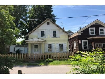 5 Bed 1 Bath Preforeclosure Property in Fort Edward, NY 12828 - Moon St