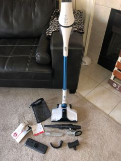 Hoover React Vacuum cleaner -GUC