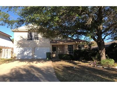 3 Bed 3.0 Bath Preforeclosure Property in Mansfield, TX 76063 - Blueberry Hill Ln