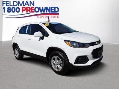 2018 Chevrolet Trax LS (summit white)