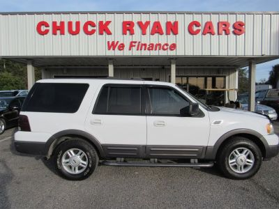 2004 Ford Expedition XLT (White)