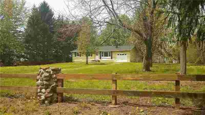 16007 Creek Road ALBION Three BR, Beautiful and immaculate true