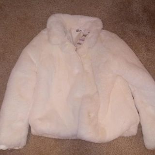"""BRAND NEW! GIRL 6 EPIC THREADS """"FUR"""" COAT. RETAILS $42 20% OFF SALE! BUY 2 OR MORE ITEMS GET 20% OFF!"""