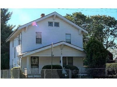 3 Bed 1 Bath Foreclosure Property in Hempstead, NY 11550 - Linden Ave