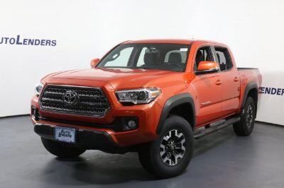 2016 Toyota Tacoma (orange)