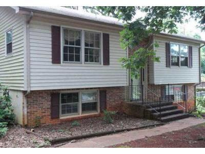 2 Bed 1 Bath Foreclosure Property in Rustburg, VA 24588 - Sharon Dr