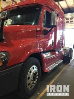 2012 Freightliner Cascadia 125 T/A Sleeper Truck Tractor
