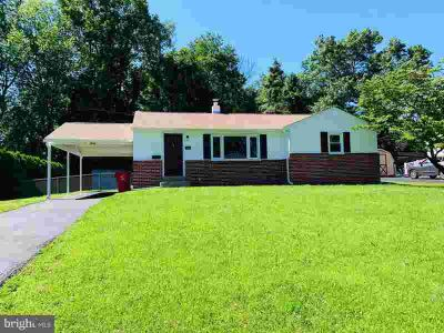 30 Woodland Dr WARMINSTER Three BR, Easy one floor Living in this