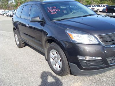 2013 Chevrolet Traverse LS (GRY)