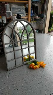 Arched Mirrored Wall Decor