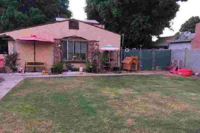 248 S 15 Ave Yuma Three BR, Excellent home with charming