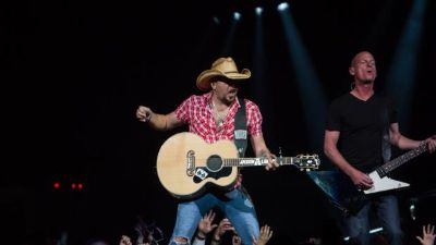 Jason Aldean, Tyler Farr  Cole Swindell Tickets at Ford Park Pavilion on 05152015