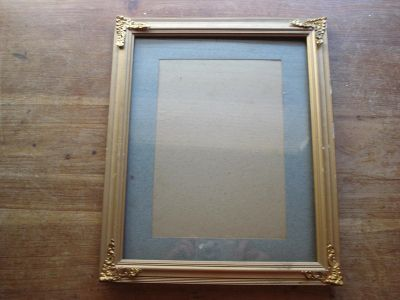 Picture Frame with Corner Decorations