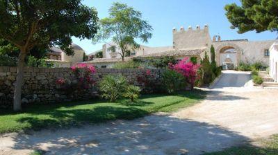 Villa Turchese – Villas in Catania Sicily – Luxury Villa for Rent in Sicily Italy