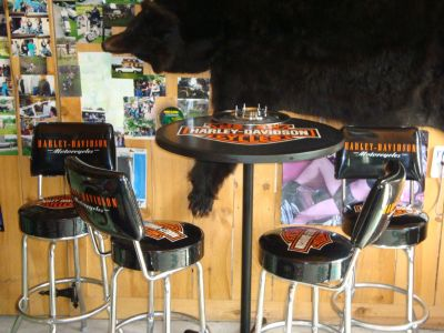 Harley Davidson Bar Table W/Four Swivel Stools $525 / OBO