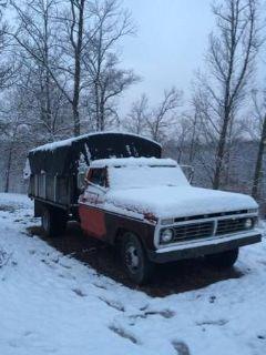 1974 Ford F350 Dump Truck