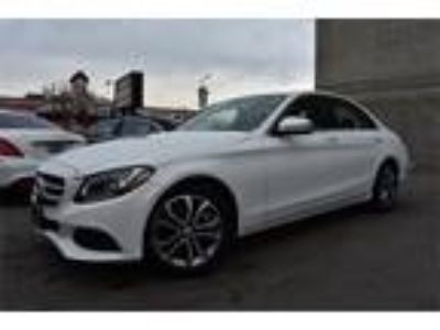 Used 2016 Mercedes-Benz C-Class White, 30.2K miles