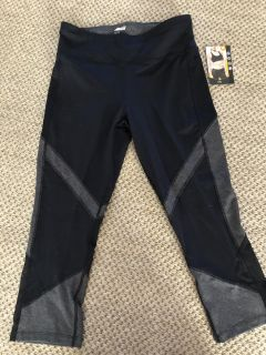 Avia activewear pants NWT black and grey size 8-10