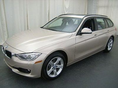 2014 BMW 3-Series 328i xDrive (Orion Silver Metallic)