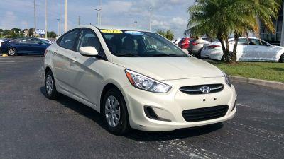 2017 Hyundai Accent GLS (beige)