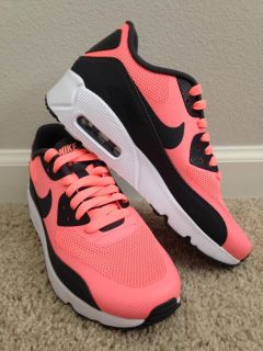 Nike Air Max Ultra 2.0 Size 5y(Fit like 5.5y)/Women's 6.5(Fit like 7)