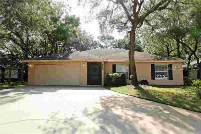 560 Chula Woods Court CHULUOTA Three BR, Well maintained home on