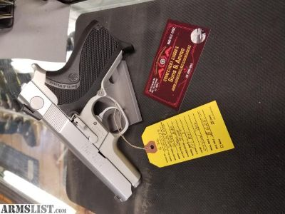 For Sale: Smith & wesson 6946