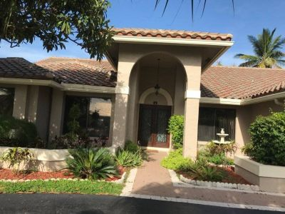 $7250 4 single-family home in Plantation