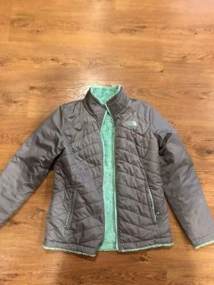 Reversible size small North Face coat