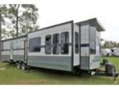 2019 Gulf Stream Innsbruck DESTINATION TRAILER