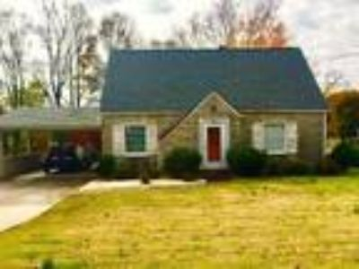 Remodeled home in the heart of Collinsville