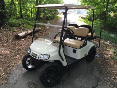 2016 E-Z-Go Freedom TXT Electric Golf carts Woodstock, GA