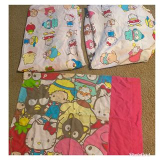 Hello Kitty Bed Sheet Set Twin