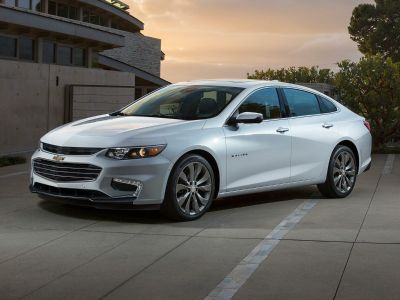 2018 Chevrolet Malibu LT (summit white)