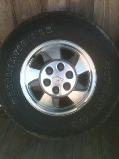2002 Tahoe rims and tires