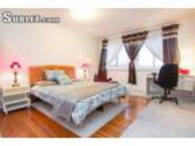 Solano 5 BR 2 BA, Available from at requests Stop the motel