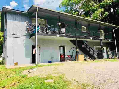 1 Muddy Gap Road Manchester Seven BR, 2 story 5 unit apartment