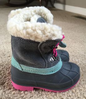 Cat & Jack Thermolite Toddler Winter Snow Boots
