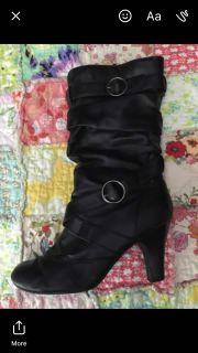 Size 8 1/2 pleather boots. Easy to walk in!
