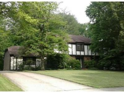 4 Bed 2.5 Bath Foreclosure Property in Solon, OH 44139 - Stansbury Dr