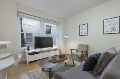 $4890 1 apartment in Chinatown