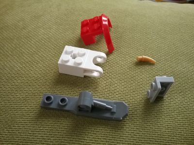 LOOKING for these Lego pieces