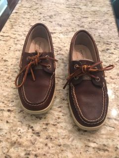 Sperry boat shoes. Size 5. Worn once.