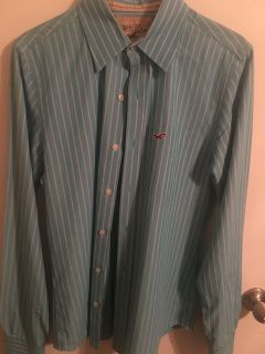 3 Hollister botton down and pressed . Great condition